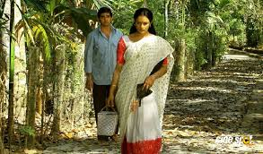 4 Age-Inappropriate(Younger boy and elder women) Movie Romances In Mollywood